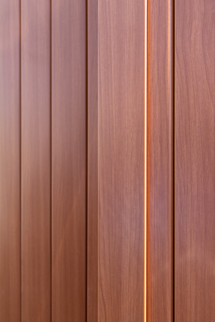 lux-architectural-panel-cedar-commercial